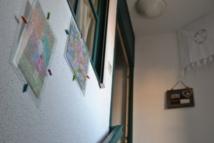 Il suffit de monter un étage depuis l'appart'Dojo pour accéder aux chambres d'hôtes chambre Christine ou chambre Chinoise.
