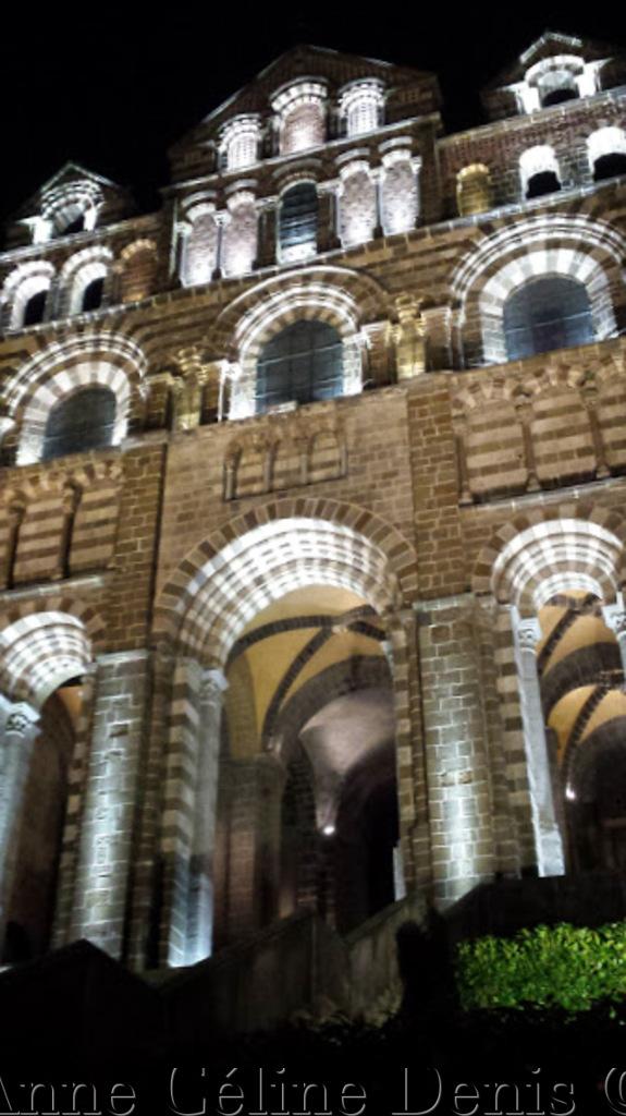 Jubilé du Puy, vive la Cathédrale!
