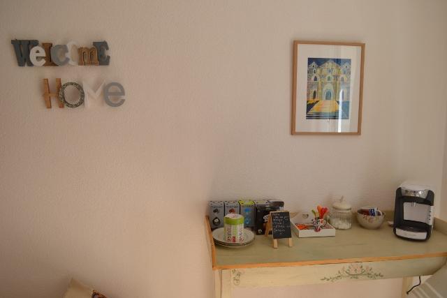 Désormais, les chambres Cosy ont un petit salon de détente en plus...avec deux bons fauteuils.....